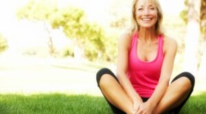 woman sitting. How to lose weight before the holidays