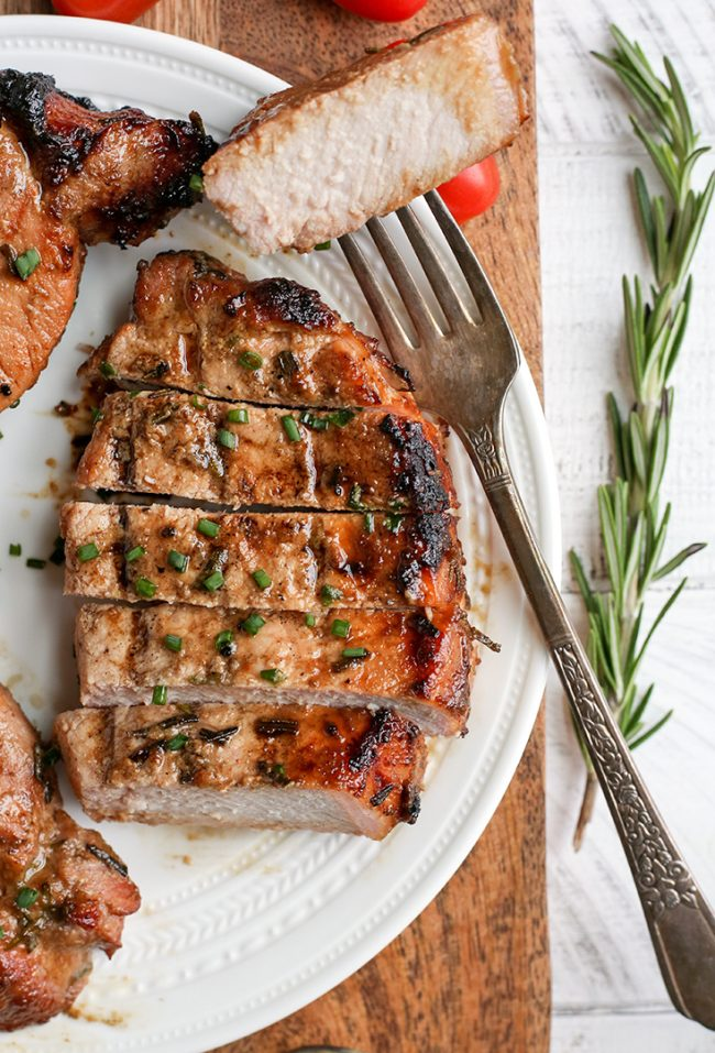 Paleo Whole30 Dijon Rosemary Pork Chops is one of our 25 Paleo Whole30 Recipes