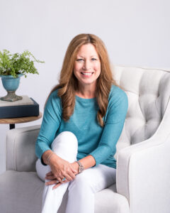 Picture of author Sara