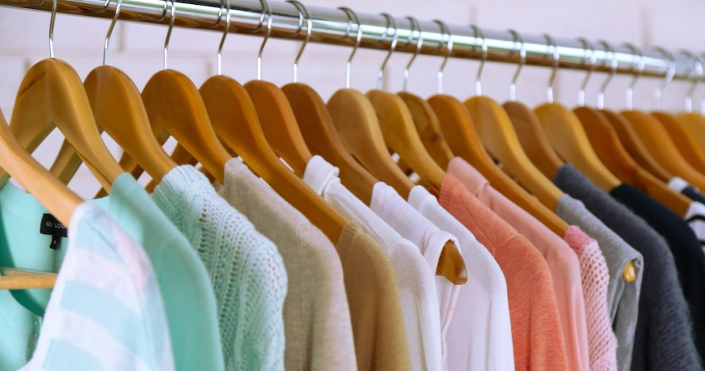Save Time and Money by Cleaning Your Closet | MyThinkBigLife.com