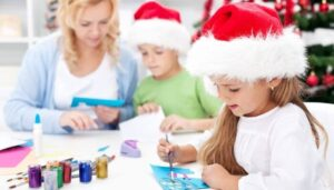 20 Christmas Ornaments and Decorations to Do with Grandchildren