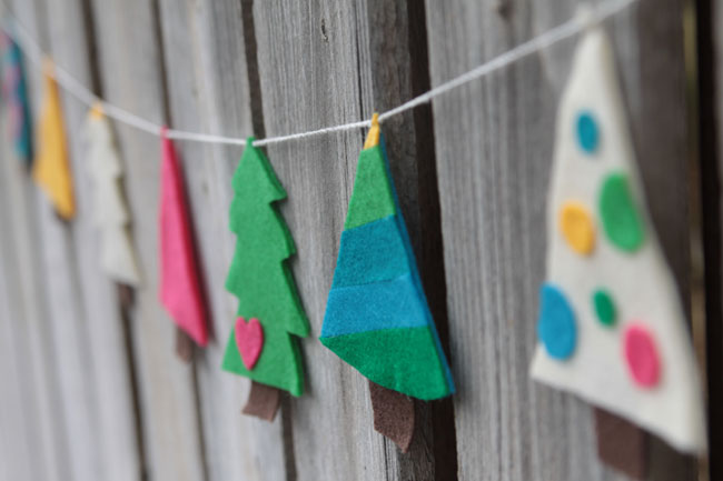 Christmas felt garland decor